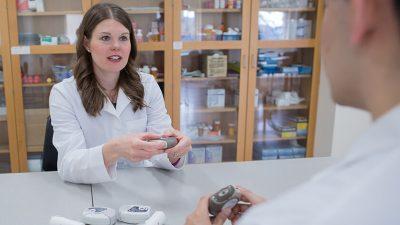 UW School of Pharmacy faculty member Andrea Porter, PharmD