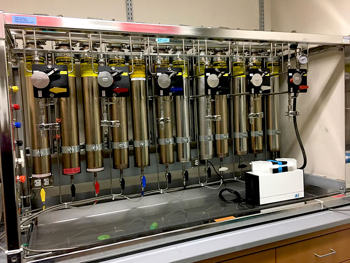 Solvent purification system - Medicinal Chemistry Center