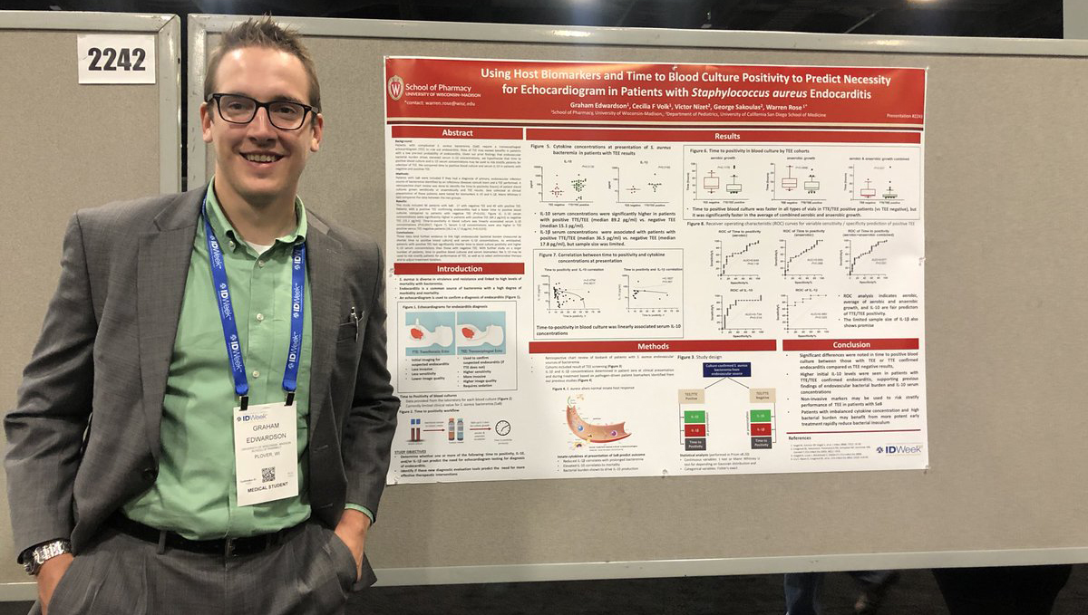 Graham Edwardson and his research poster at IDWeek 2019.