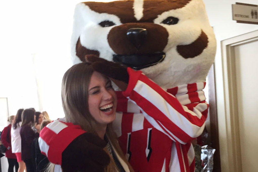 Students celebrate the moment with Bucky.