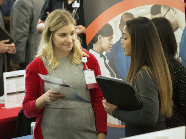 The UW–Madison School of Pharmacy Networking Roundtable event is an opportunity for pharmacy students to meet pharmacists who work in variety of career paths.
