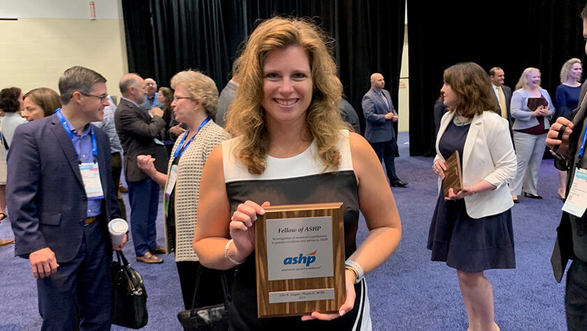 Alumna Julie Dagam is inducted as a 2019 fellow of the American Society of Health-System Pharmacists.