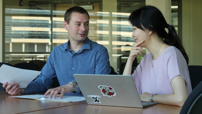 Assistant Professor Kevin Look and researcher Nam Hyo Kim