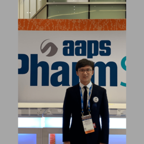 PhD student Zhenxuan Chen at the 2019 AAPS PharmSci360 Conference where he was recognized with a Best Abstract Award.