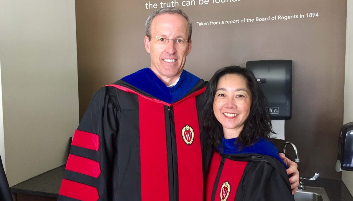 Professor David Mott, Chair of the Social and Administrative Sciences Division, and Professor Michelle Chui, Vice Chair