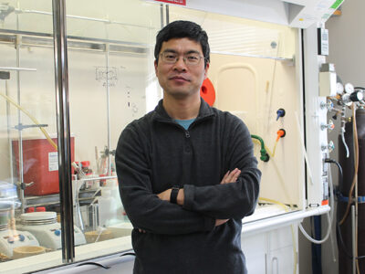 Weiping Tang in his lab